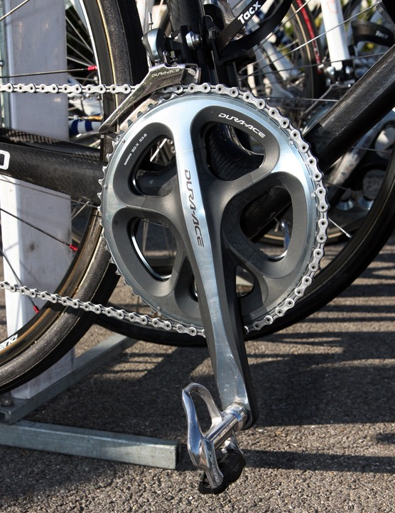 Lars Boom's (Rabobank) Shimano Dura-Ace crank, pedals, front derailleur and chain glisten in the sun before getting coated in dust at Paris-Roubaix