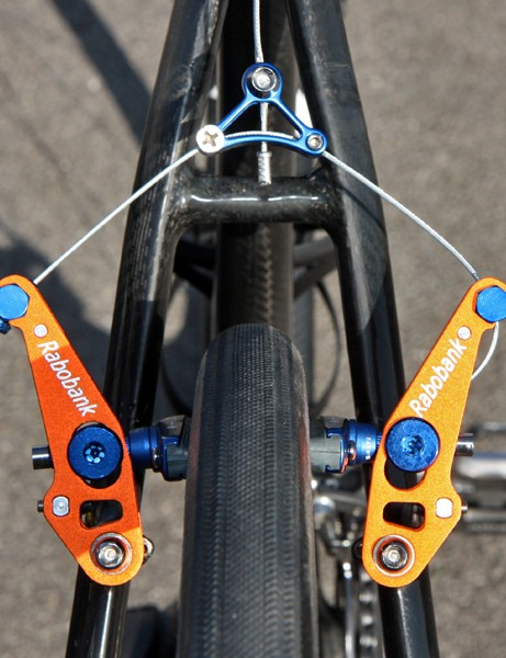 The custom low-profile arms on Lars Boom's (Rabobank) Giant TCX Advanced SL offer more braking power and finer modulation than wide-profile models