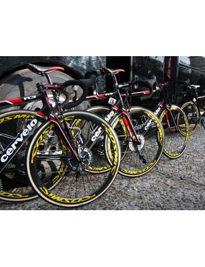 Mavic cracked out bright yellow rim decals for their new M40 wheels at Paris-Roubaix