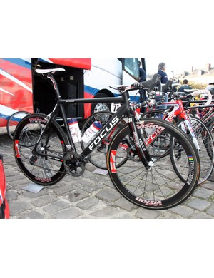Filippo Pozzato (Katusha) ran this stealth-black machine in contrast to the rest of the team's bikes with their standard red, white and blue livery