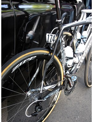 The seatstays on Saxo Bank-Sungard's Specialized S-Works Roubaix SL3 frames look unusual