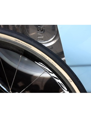 FMB put a Specialized stamp on the tires supplied to Saxo Bank-Sungard