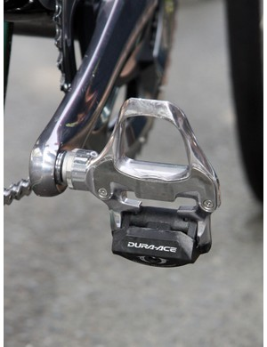 Aluminum Shimano Dura-Ace SPD-SL pedals are fitted on Juan Antonio Flecha's (Sky) Pinarello KOBH