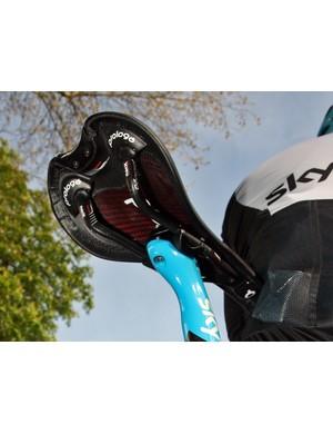 Juan Antonio Flecha's (Sky) Prologo Scratch Nack saddle features a carbon fiber shell