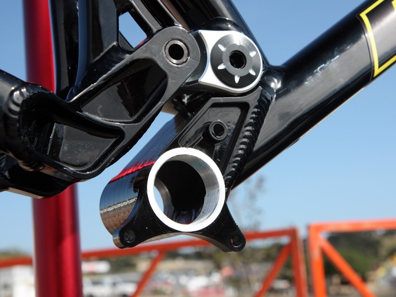 The Pivot Cycles M4X features ISCG tabs machined right in with the rest of the bottom bracket shell