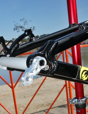 The 142x12mm rear end includes a burly derailleur hanger
