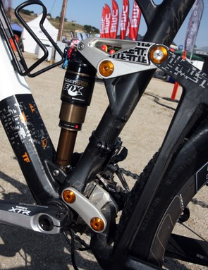 BMC's APS short dual link suspension design offers excellent pedaling manners with well sorted bump capabilities