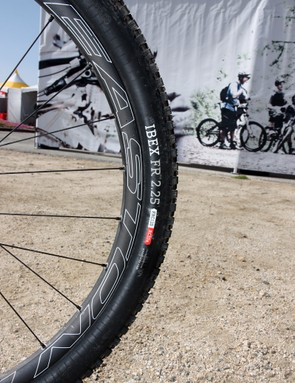 Easton's excellent Haven Carbon wheels are included on the top-end build