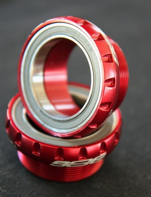 New 386 Evo cranks will fit in conventional 68mm-wide English threaded shells when used with these cups.