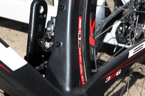 The asymmetrical seat tube uses a squared-off profile.