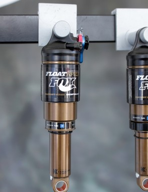 The Float RP23 Adaptive Logic Boost Valve shock also features the HD rebound adjustment