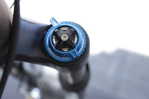 Fox's RLC and RL dampers feature a new crown mounted lock out lever