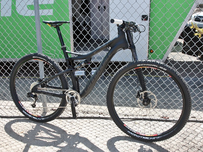 Cannondale showed off their stunning new Scalpel 29 at the Sea Otter Classic. Total claimed weight as pictured here is just 9.84kg (21.7lb)