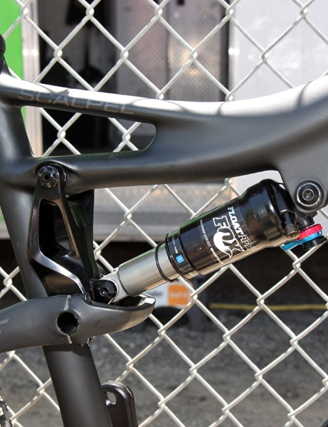 The top tube-mounted linkage helps keep the rear end tracking true and also fine tunes the shock rate