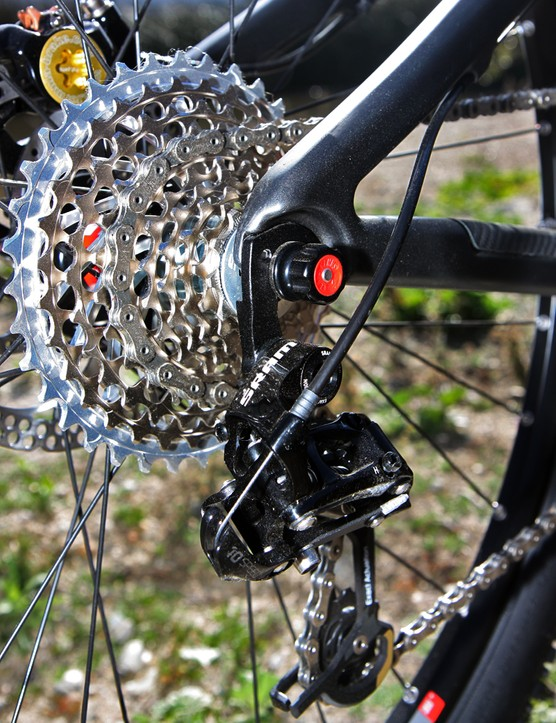 The replaceable rear derailleur hanger is bolted to a carbon dropout on the Santa Cruz Blur XC
