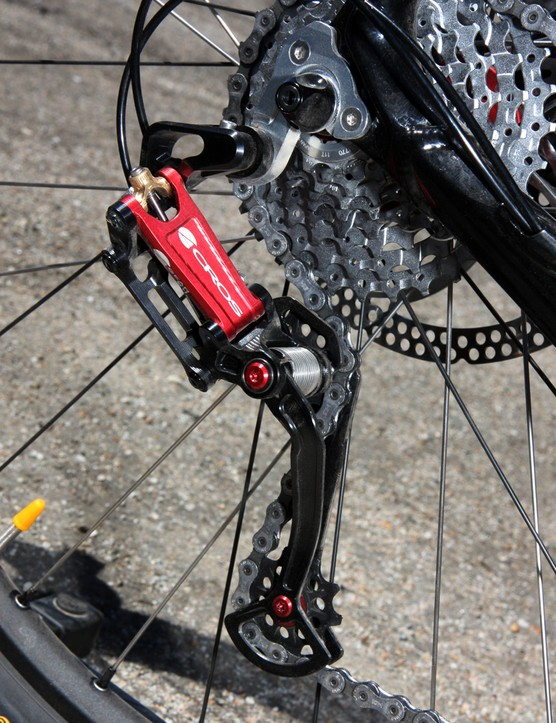 The Acros A-GE rear derailleur boasts an unmistakably industrial look