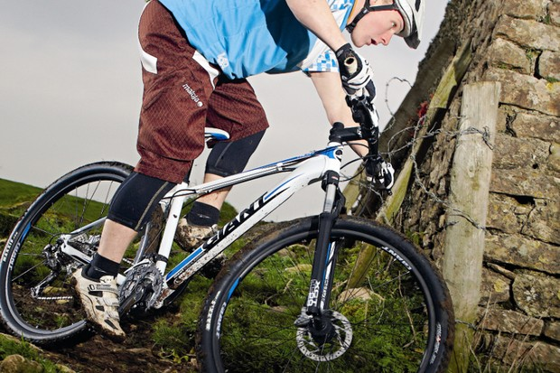 A great bike hampered on rough terrain by a poorly controlled fork
