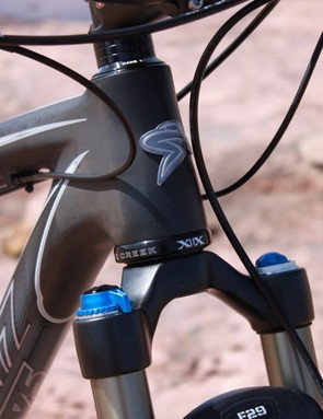 The medium frame sports a 100mm head tube, the minimum length to accommodate a tapered steerer