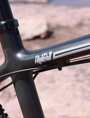 The Highball's cables are routed along the underside of the top tube
