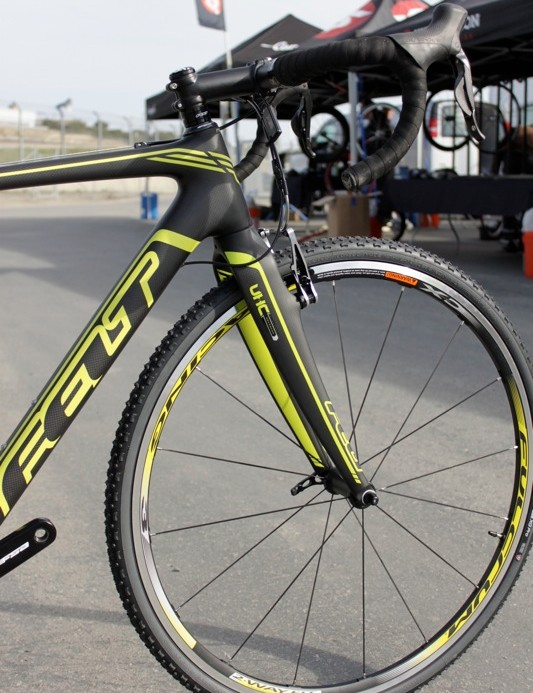 Felt offer their own fork with the complete models, but will include an Enve fork with their FX frameset