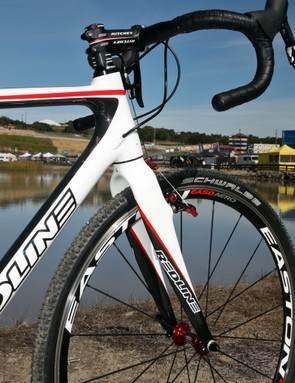 The burly front end of Redline's new Conquest Carbon frame features a tapered head tube and enormous fork legs