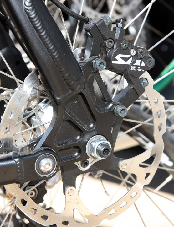 Ellsworth sticks to standard open dropouts and IS disc tabs on their new prototype 180mm-travel bike.