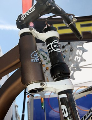 Project 321 offers a true tapered steerer conversion kit for Cannondale Lefty forks