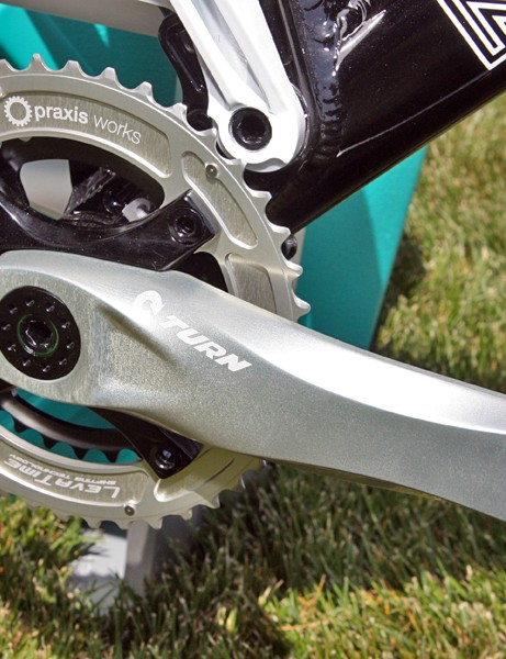 Praxis's new Turn all-mountain crank uses a C-shaped cold forged aluminum arm and giant 35mm-diameter spindle that fits in a standard BB30 or PressFit 30 shell
