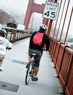 Bridge officials propose a 10mph speed limit for bikes on the Golden Gate Bridge