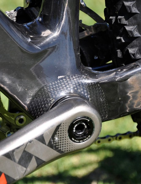 A side view of Decker's bottom bracket area shows the intricacy of the frame's carbon layers