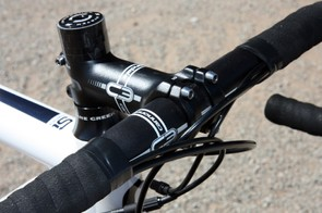 Cannondale uses an all-aluminum cockpit for the CAAD10 4 Rival