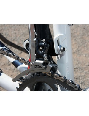 The Rival front derailleur attaches to a stout aluminum tab