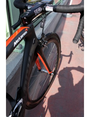 The new bike, especially the McLaren designed model, is stiff (though apparently less so than the Tarmac SL3), light (950g, claimed) and very aerodynamic, according to Specialized