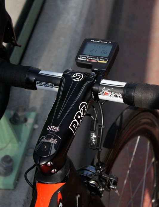 PRO's big carbon Vibe Sprint stem; Cavendish rides a 135mm length