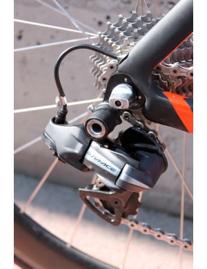 The Di2 transmission's wires are internally routed