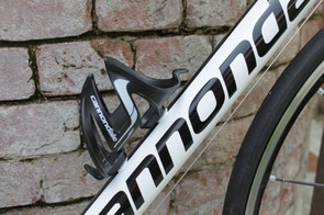 The 13.46lb actual weight includes Cannondale's injection molded composite bottle cage