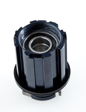 The trick aluminum freehub body will work with either Shimano/SRAM or Campagnolo-splined cassettes with no swapping required.