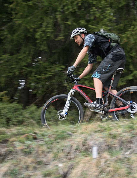 BikeRadar's James C-W on the BH Lynx 4. And no, this grassy path wasn't typical of the terrain we tested the bike on. In fact there's a steep off-camber drop just out of picture - honest!
