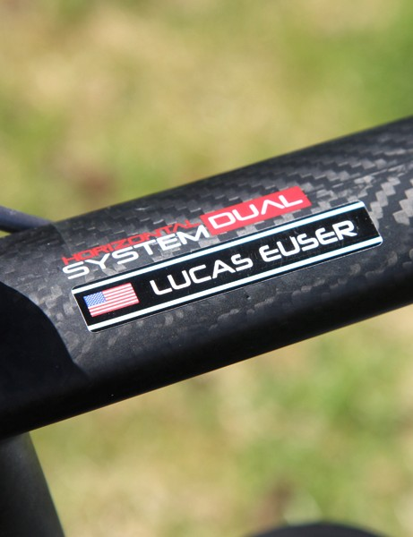 Argon 18's Horizontal Dual System separates the bike into upper and lower halves with the idea that the former should be designed around comfort while the latter is focused on stiffness.