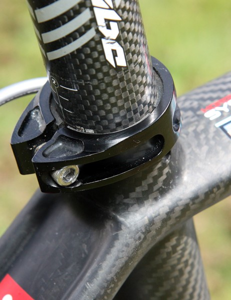 Argon 18 includes a stout machined aluminum collar on its top-end Gallium Pro frame.