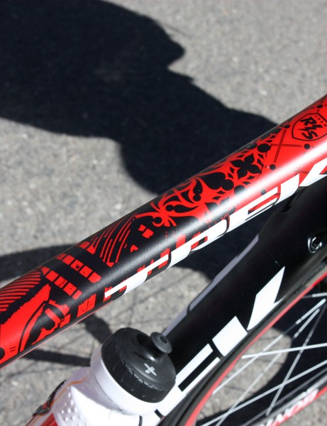 The top tube bears an array of intricate graphics.  Trek team liaison Matt Shriver says each frame takes 12-14 hours to paint.