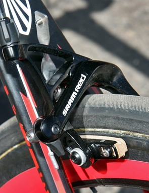 Bontrager carbon-specific cork pads are fitted to the SRAM Red Black dual-pivot brake calipers on Chris Horner's (Team Radioshack) Trek Madone 6.9 SSL.