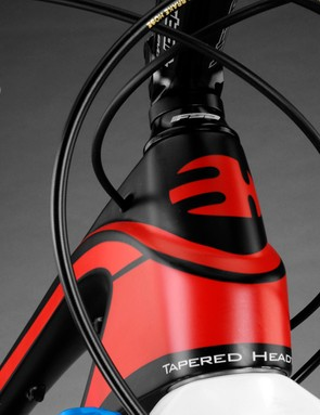 The BH Lynx 4's tapered head tube houses a pressed carbon headset