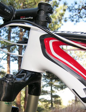 The tapered head tube and steerer contribute to an extremely precise-handling front end