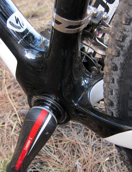 The bottom end of the Specialized S-Works Stumpjumper 29er is anchored by a well bolstered PF30-compatible bottom bracket shell