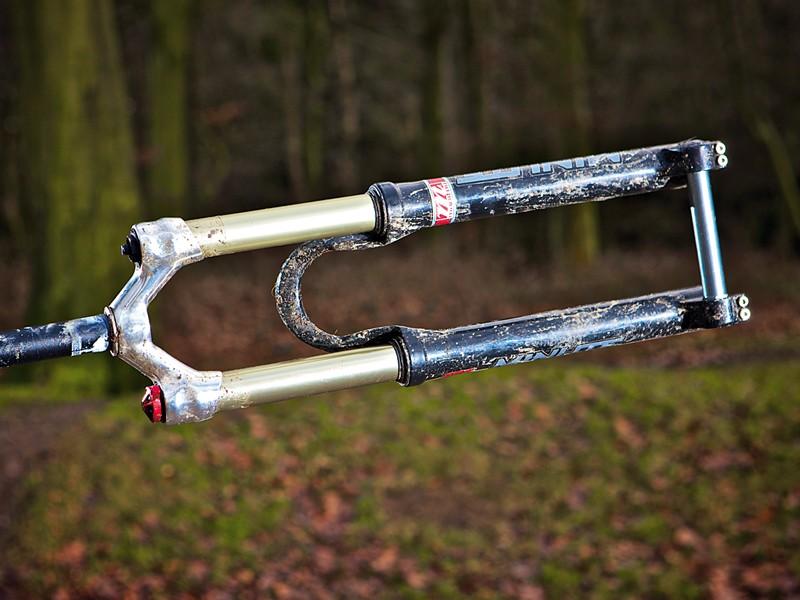 Manitou Minute 140 Hexlock trail fork
