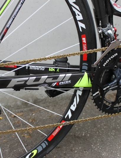 Geox's drivetrain is made up of Shimano, Rotor, Stronglight and KMC components