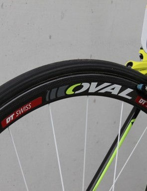 Oval Concepts branded DT Swiss RRC 32 tubular wheels