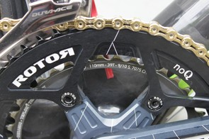 Menchov doesn't use Rotor's Q-Rings, rather a 110BCD round 53T ring from the company paired to a Stronglight 39t ring