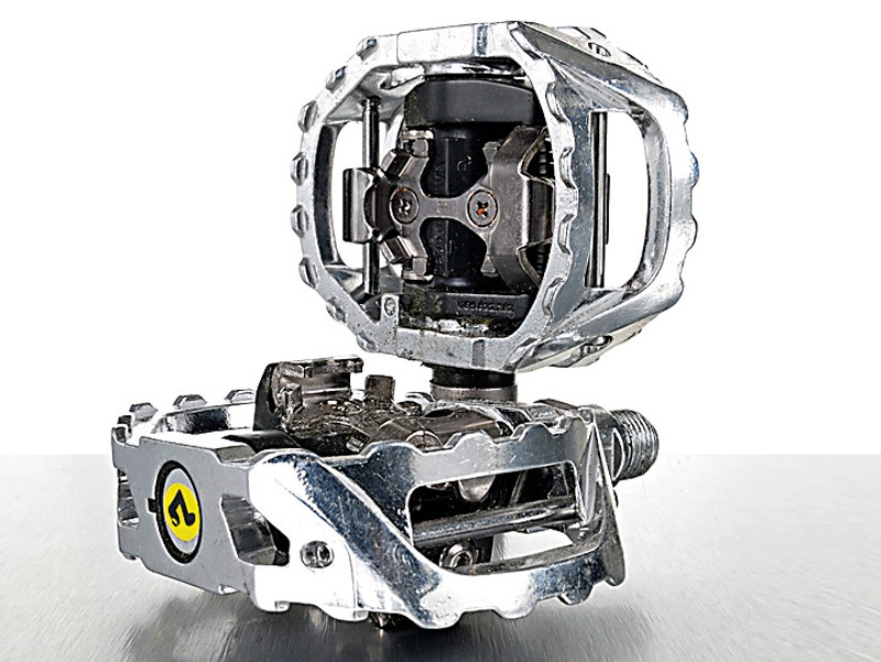 Shimano M545 pedals